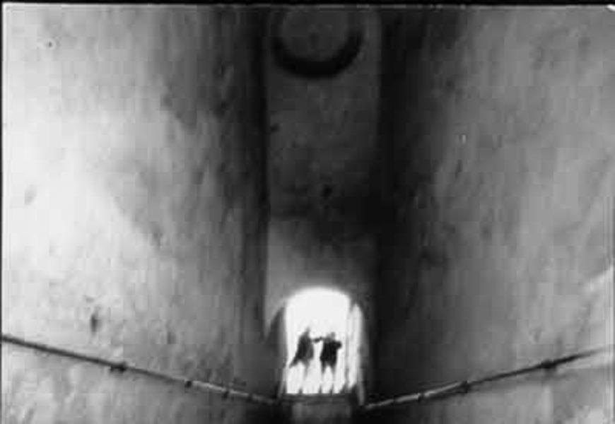 Foto Tunnelbild Kafkaesk